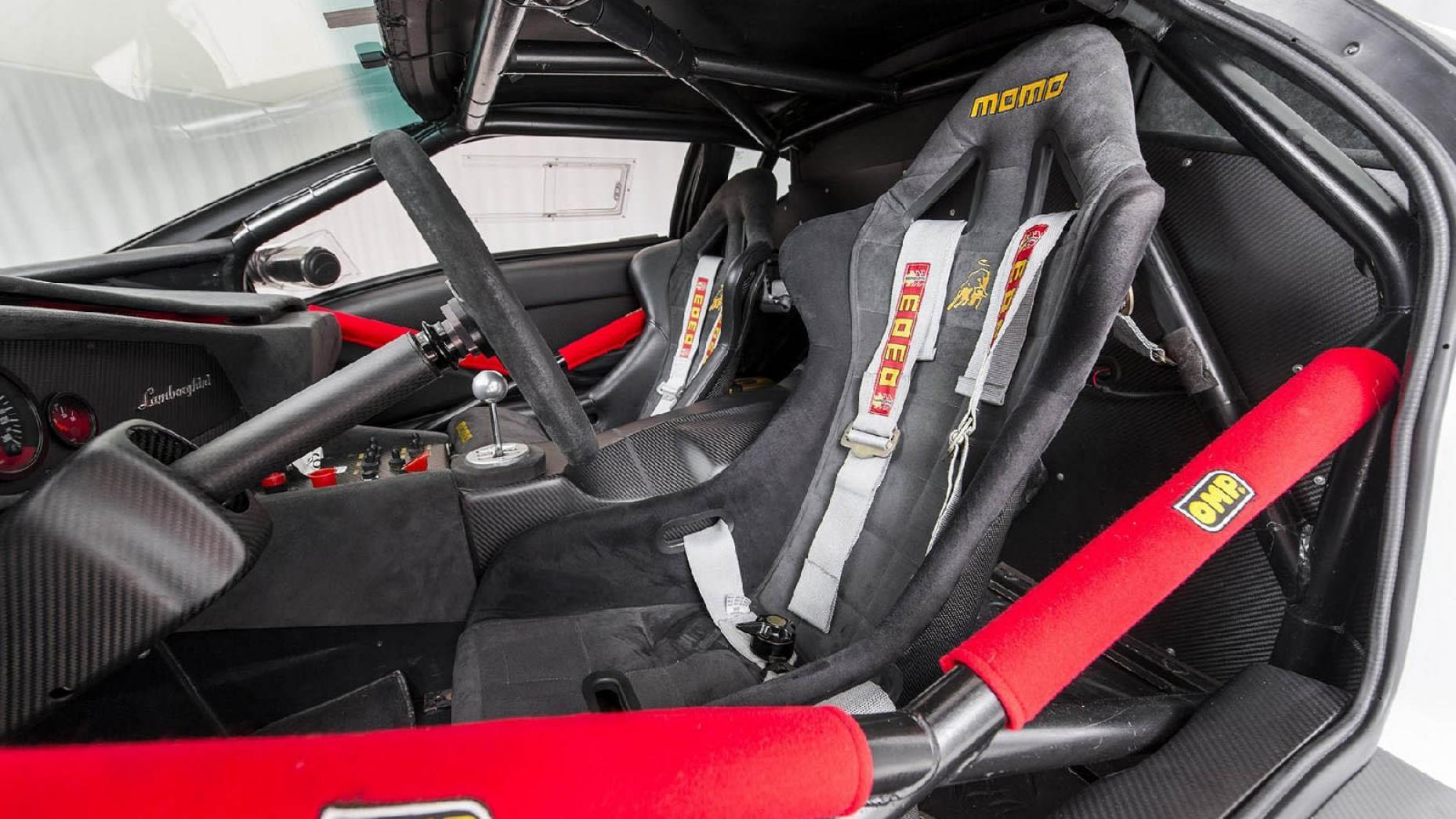 En Av De Sista Riktiga Lamborghini Bilarna Finns Att