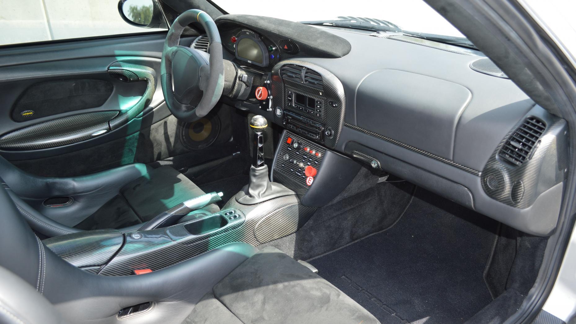 R Du Sugen P En Porsche 911 Gt2 Rsr Med 1 160