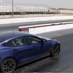 Jay Leno sätter rekord med en Tesla Model S Plaid