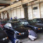 11 nya 90-tals BMW 5-serie E34 hittade i ett lager i Bulgarien