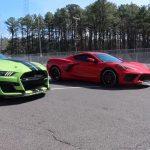 Dragrace: Chevrolet R8C Corvette mot Ford Mustang Shelby GT500