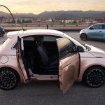 Cool tredörrars Fiat 500 EV
