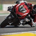 Ducati Superleggera V4 med ram, sving och hjul i carbon