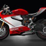 F1-stjärnan Jenson Button har köpt en Ducati Panigale