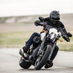 Harley Davidson FXDR 114 testas på bana