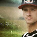 Hondas fabriksförare Roczen och Seeley mekar