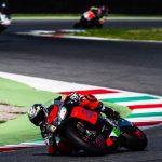 Loris Capirossi och Max Biaggi visar vart skåpet skall stå på Aprilia Racers Day