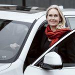 BMW växlar upp med Marie Dellbrant bakom ratten för all marknadsföring i norra Europa