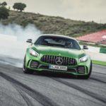 Mercedes AMG GT R utmanar Porsche 911