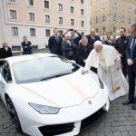 Påvens nya Lamborghini Huracán