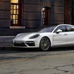 Brist på batterier skapar problem för Porsche