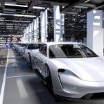 Porsche Taycan kommer att köra över Tesla