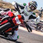 Rubén Xaus sladdar med nya Ducati Hypermotard