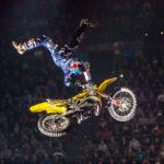 Travis Pastrana utklassar Nate Adams på Moto X Speed and Style X Games
