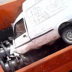 Vad händer med din gamla utjänta bil? ARJES VZ 950 E tuggar i sig den på en minut