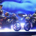 Valentino Rossi och Maverick Viñales visar Yamahas MotoGP-hoj