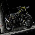 Valentino Rossis feta XJR1300 flat tracker