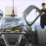 Vem är snabbast – En racingförare, eller en robot?